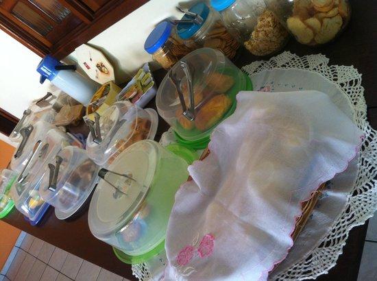 Pousada Anaue: café da manha