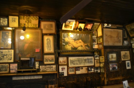 McSorley's Old Ale House: wall