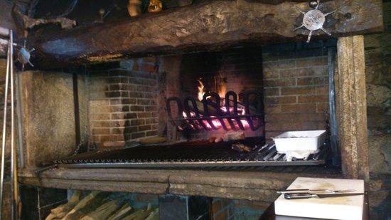 Pumariño: preparado el fuego para un buen chuleton de buey