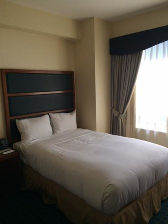 DoubleTree Suites by Hilton Hotel New York City - Times Square: This is how the beds are made upon arrival.
