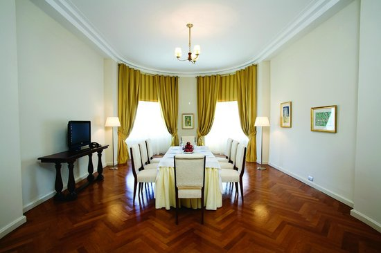 NH Gran Hotel Provincial: Conference room