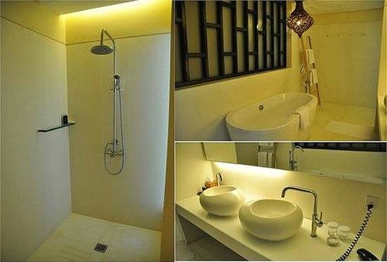 Turi Beach Resort : How awesome my bathroom is..