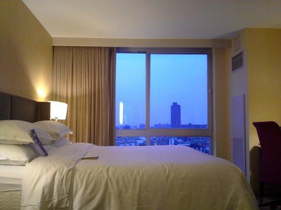 Sheraton Tribeca New York Hotel: view from bedroom