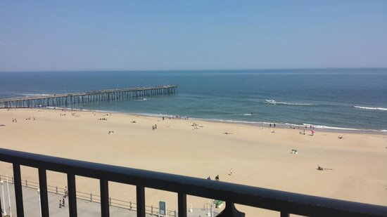 Four Points by Sheraton Virginia Beach Oceanfront: View from room 703