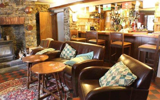 Afon Duad Inn : Our cosy bar