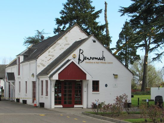 Inverness  Day Tours: Benromach Distillery