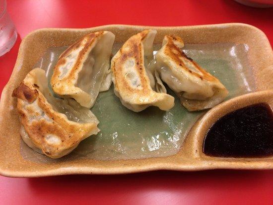 Benkei Asakusa Honten: Yummy gyoza
