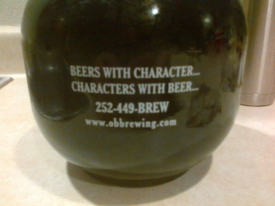 Outer Banks Brewing Station : back of growler