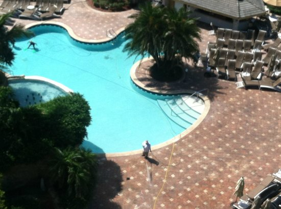 JW Marriott Marco Island Beach Resort: Tiki pool deck power washing