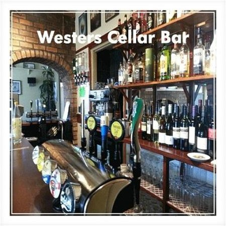 Westers The Cellar Bar & Restaurant: Westers Cellar Bar