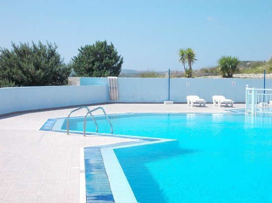 Pantheon Apartments: lovely picture of the pool