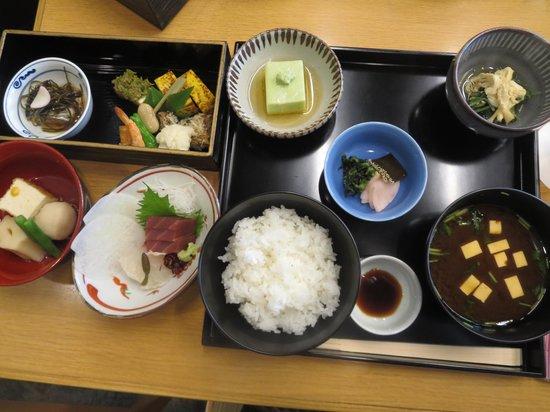 Kamakurakoetsu: 和楽お楽しみ膳