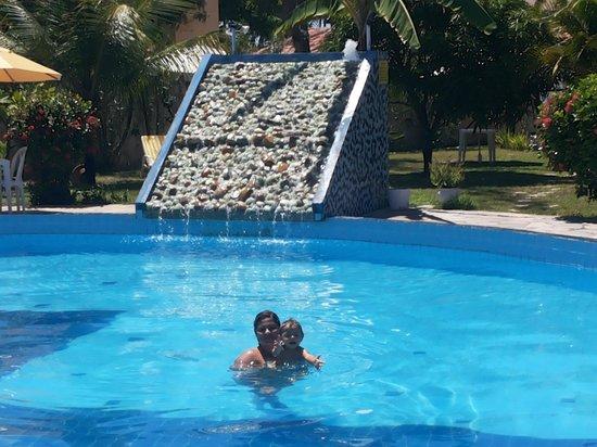 Pousada Aldeia dos Ventos: Eu e meu bebê curtindo essa piscina maravilhosa
