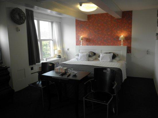 Hotel Keizershof: 寝心地の良いベッド