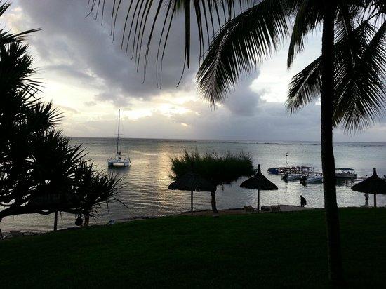 Canonnier Beachcomber Golf Resort & Spa: vue de la réception