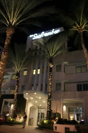 Kimpton Surfcomber Hotel: Hotel