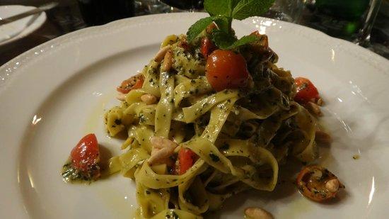 Villa Campestri Olive Oil Resort: Peppermint Pesto on beautiful Pasta