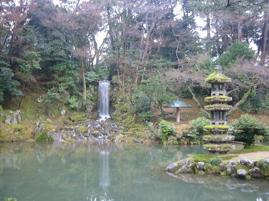 Fotograf a de jard n kenrokuen kanazawa for Jardin kenrokuen