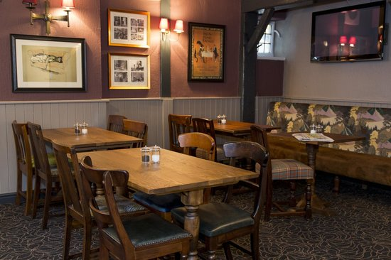 The Old Bell Inn: Dining area