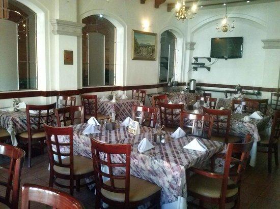 La Finca Del Minero Hotel: Pequeño restaurante, gran comida.