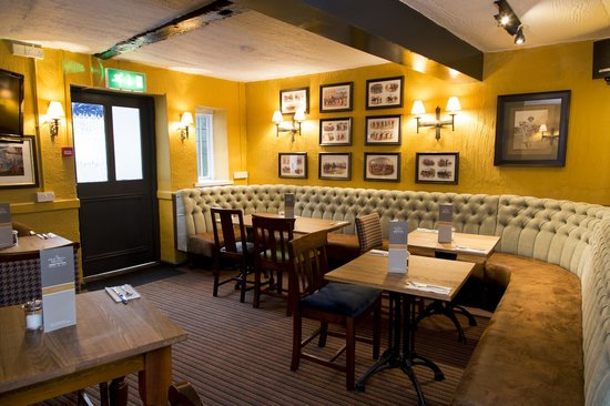 The Old Bell Inn: Dining area-The Snug