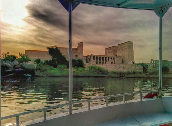 Habibitours - Day Tours : The Boat trip back from Philae Temple (quick cell photo)