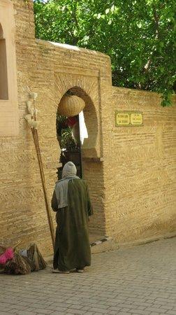 Eingang in den Ruined Garden und Riad Idrissy