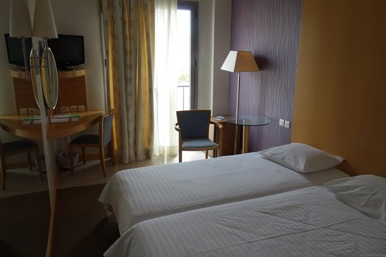 Central Athens Hotel : номер