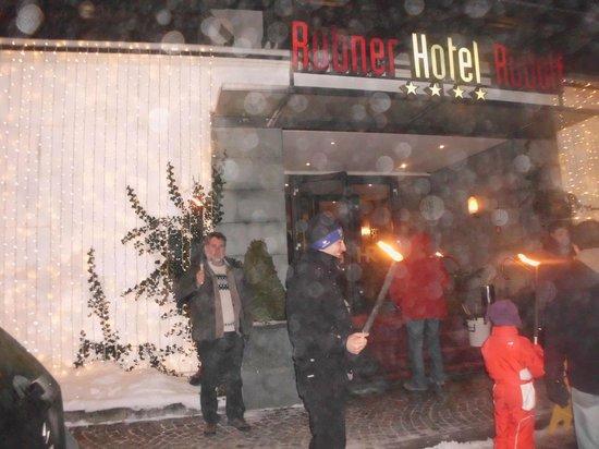 Rubner's Hotel Rudolf: Fackelwanderung