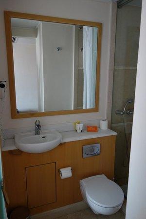 Central Hotel Athens : ванная