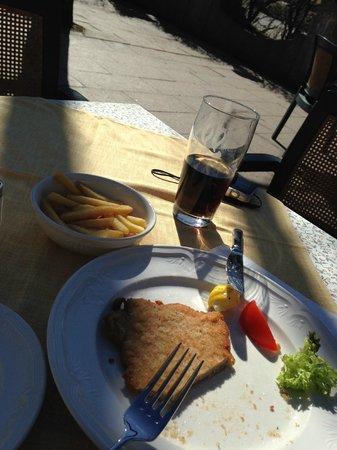 Hotel Mueller: Almoço