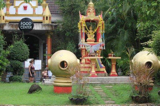 Phuket Zoo: Будда