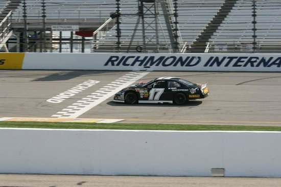 Rusty Wallace Racing Experience: On the track