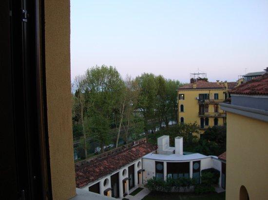 Best Western Premier Hotel Sant'Elena : vue de la chambre