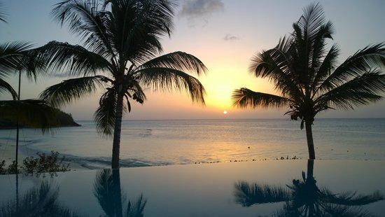 Cocobay Resort : tramonto