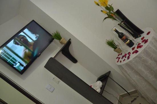 Hotel Marina Suites : Habitacion Doble Estandar con decoracion para Luna de Miel