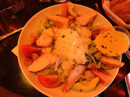 Indiana Cafe : Sezar  salad with chicken