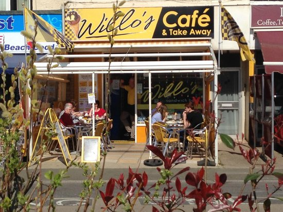 Willo's Sandwich Bar: Lovely little cafe, so glad we found it!