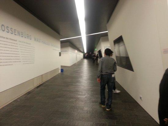 Jüdisches Museum Berlin: axis
