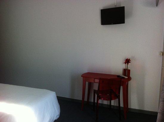 Hotel du Porge : Télé écran plat