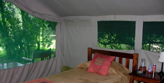 Governor's Camp : vue interieur