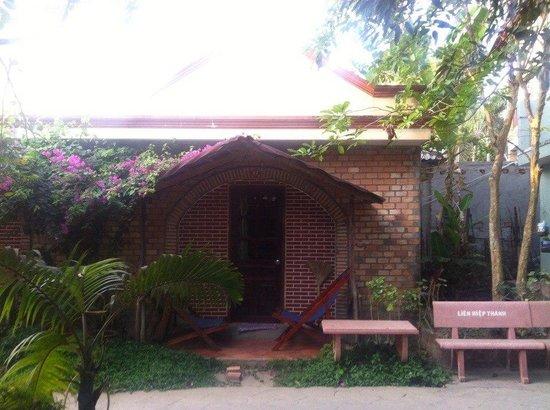 Lien Hiep Thanh Resort-homejoy : пляж
