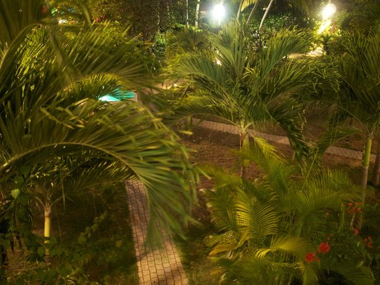 Anacaona Boutique Hotel : view from the balcony at night