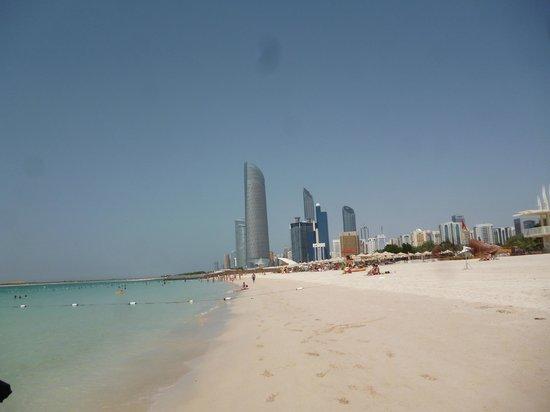 La Corniche: La plage