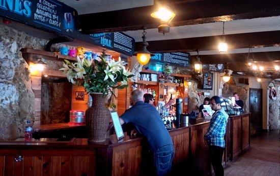 The Marsden Grotto: Bar area Marsden Grotto