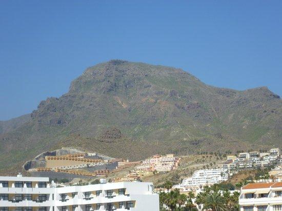 Iberostar Bouganville Playa: mountain view
