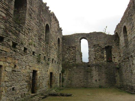 Richmond Castle: hall