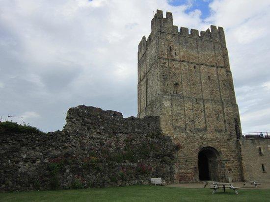 Richmond Castle: Impressive tower