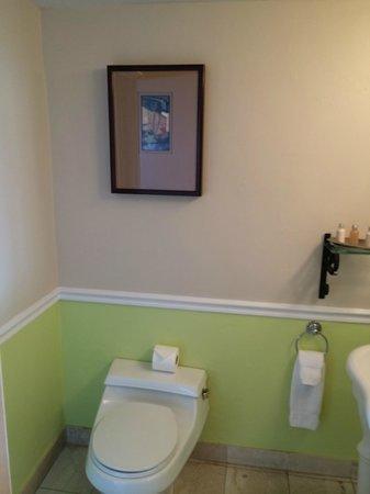 Ocean Key Resort & Spa: Bathroom