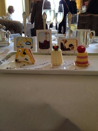 The Merrion Hotel: Outstanding 'Art Tea' ( 2nd course of Afternoon tea)